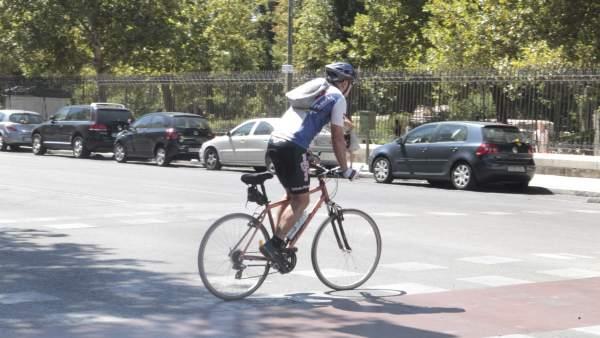 Un ciclista por la ciudadc