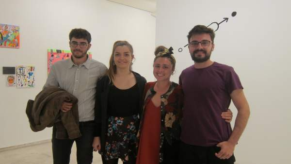 Valladolid. Los comisarios de la muestra IN/OUT junto a los artistas