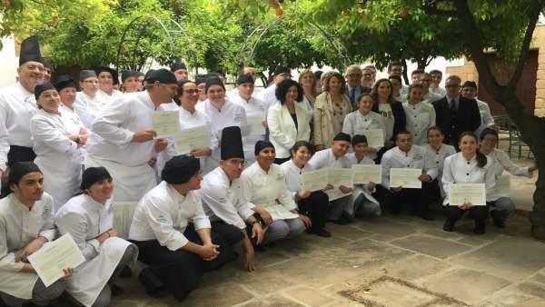 Entrega de certificados en la Escuela de La Laguna