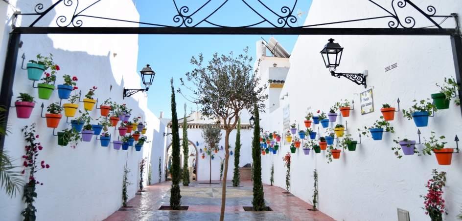 39 estepona jard n de la costa del sol 39 sumar once nuevos for Centro de salud ciudad jardin almeria