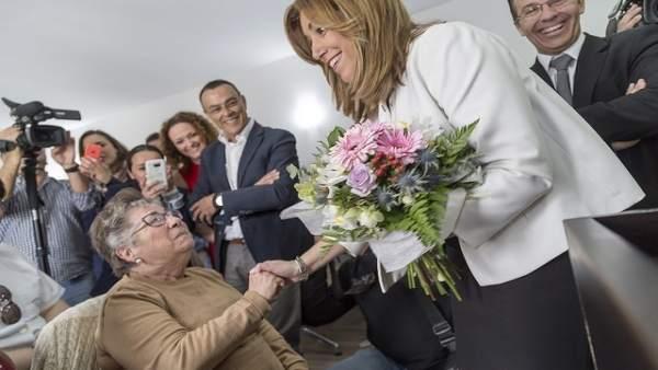 La presidenta de la Junta de Andalucía, Susana Díaz, en Hinojos.