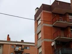 Vodafone retira una antena de telefonía móvil de Sant Boi tras dos años de pugna