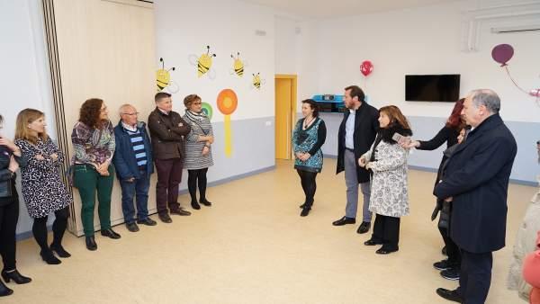 Presentación de la Escuela Infantil el Globo en el Colegio Miguel Íscar