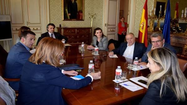 Reunión de 'esMontañas' con comisionada del Gobierno frente al Reto Demográfico