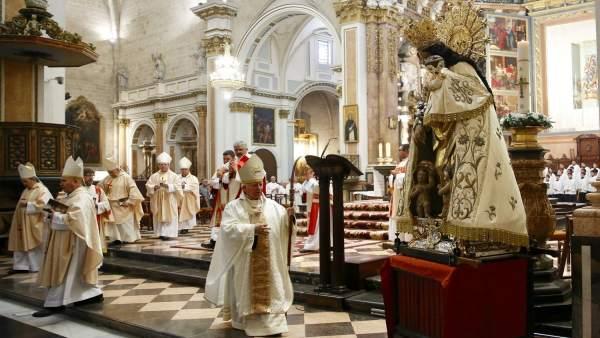 El purpurado ha presidido la misa de su 25 aniversario