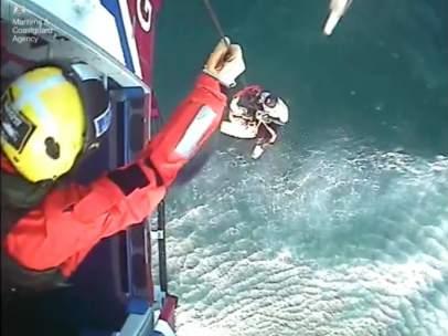 Rescate surfista Escocia