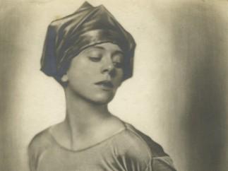 Trude Fleischmann - Actress and Dancer Lucy Kieselhausen, ca. 1925