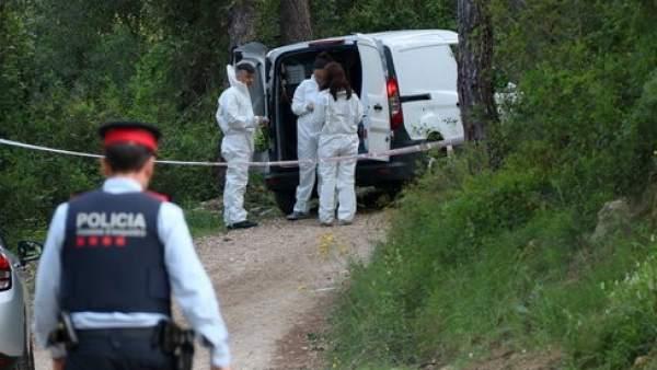 En la imagen la policía científica en el Pantano de Foix.