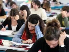 Medicina, Matemáticas y Física, los títulos más exigentes