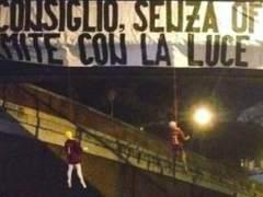 Maniquíes amenazando a los jugadores de la Roma