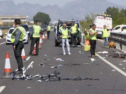 Dos ciclistas muertos y tres heridos al ser arrollados por una conductora que iba bebida y drogada