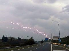 Otra jornada de tormentas con granizo en Cataluña y fuertes lluvias en el norte