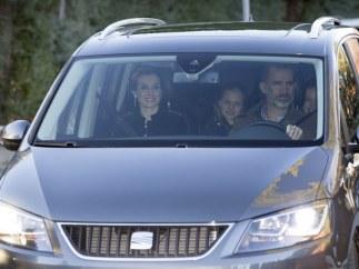 Los coches de las familias reales