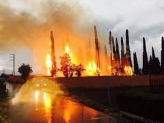 Incendio en el cementerio de Cacabelos (León)