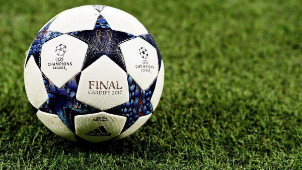 El balón de Cardiff