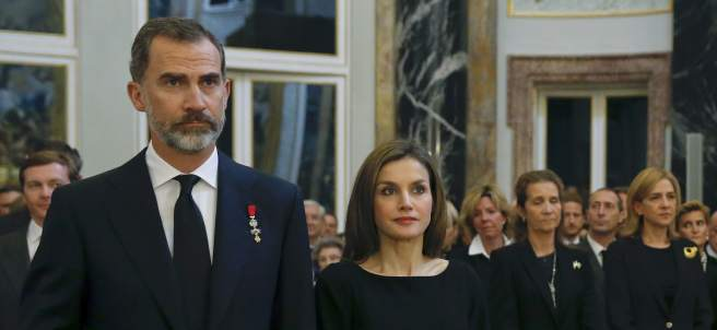 Los reyes y la infanta Cristina y Elena