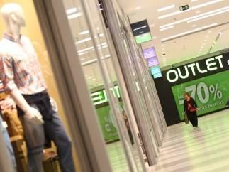 Los 'outlets' se extienden por España con descuentos que oscilan entre el 30 y el 80%