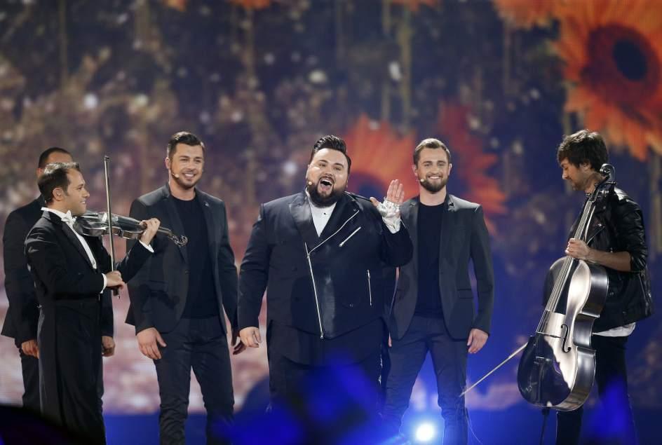 Croacia. El representante croata Jacques Houdek, durante su actuación en la final de Eurovisión 2017 en Kiev.
