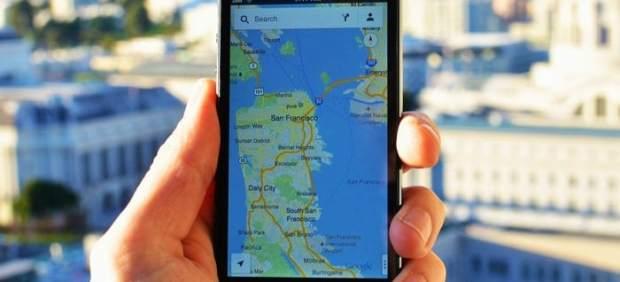 Google cambia la descripción de su geolocalización y advierte de que funciona aunque el usuario ...