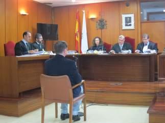 Juicio contra médico acusado de acceder historial clínico sin autorización