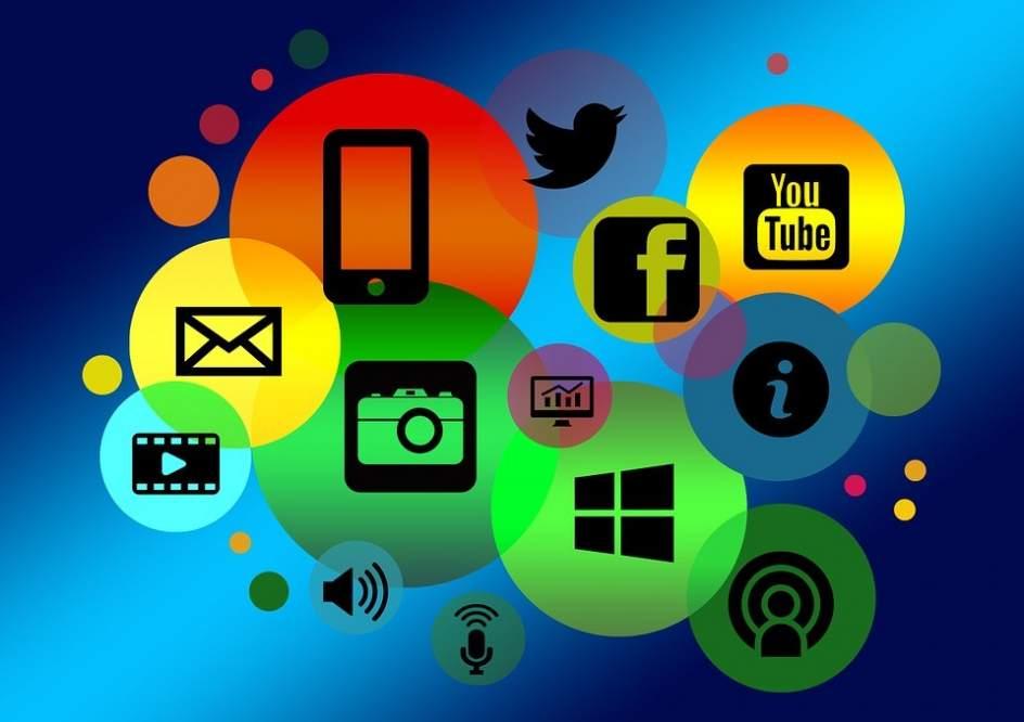 El d a de internet y las impresionantes cifras del invento for Internet be and you