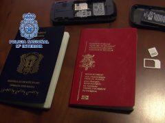 Pasaportes falsos