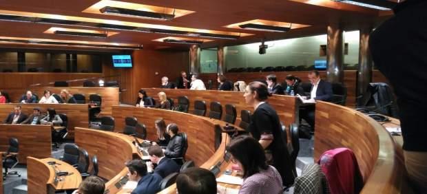 Pleno en la Junta General del Principado de Asturias