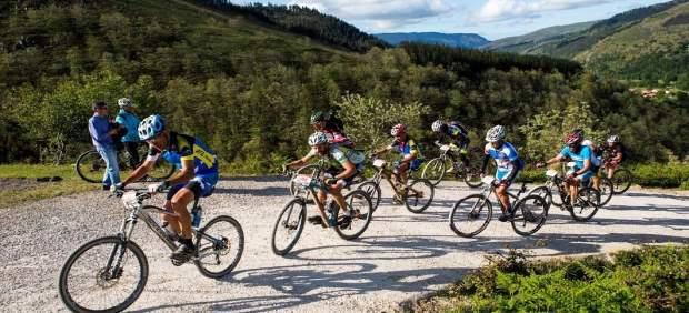 Los 10.000 del Soplao. Prueba ciclista. Deportes.