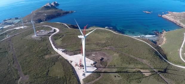 Parque eólico en Cabo Vilán.