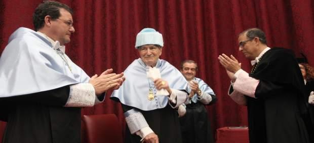 Investidura como Doctor Honoris Causa de Antonio Bonet