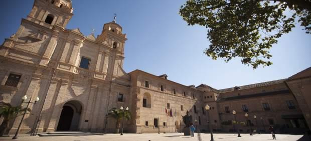 Localizaciones dentro y fuera del monasterio UCAM Los Jerónimos