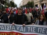 Protestas contra nuevos recortes en Grecia