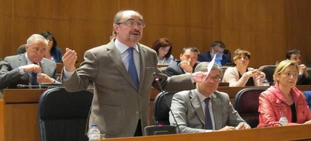 El presidente de Aragón, Javier Lambán, en el Pleno.