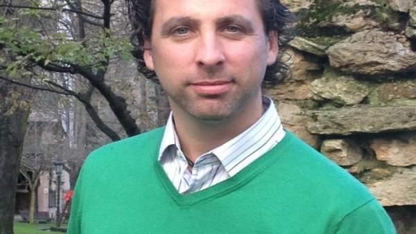 Roberto Fernández Llera