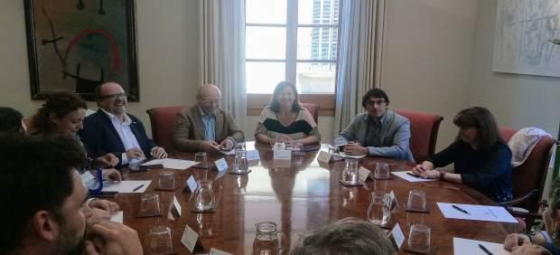 Armengol recibe en audiencia a la nueva comisión ejecutiva de CCOO