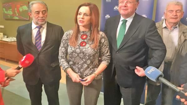 Valladolid.- Clemente atiende a los medios después de la reunión