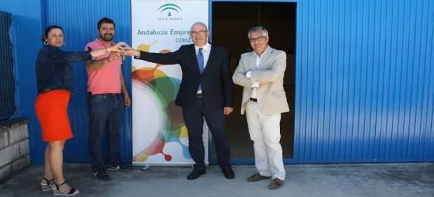 Carmona entrega las llaves del nuevo espacio