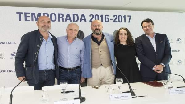 'Les Arts Volant' emula a La Barraca i portarà sobre rodes una òpera de Mozart per barris i municipis