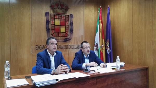 Bonilla (d) informa sobre el nuevo pliego de recogida de la basura.