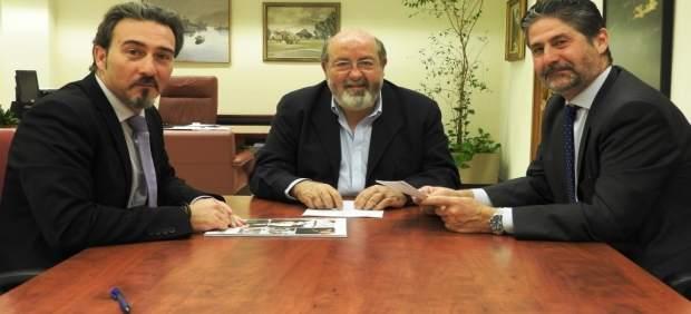 Firma de acuerdo entre Fundación Cajasur y Fundación Bangassou