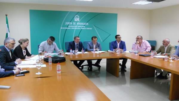 La Comisión Permanente del Consejo Andaluz de Relaciones Laborales reunida.