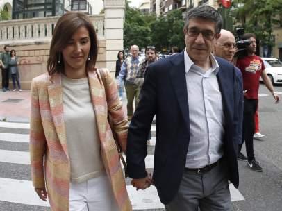 Patxi López y Begoña Gil