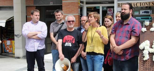 La alcaldesa de Montcada i Reixac, Laura Campos, en la concentración