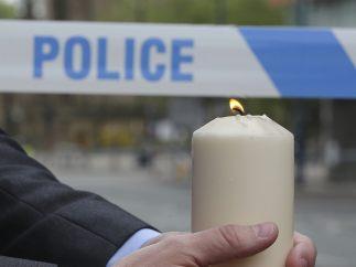 Una vela por las víctimas