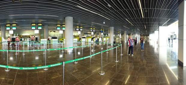 CC pregunta a Aena la posibilidad de cambiar el nombre del aeropuerto de Gran Canaria por el de ...