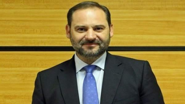 Ábalos, portaveu provisional del PSOE en el Congrés fins que hi haja nova Executiva