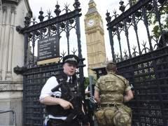 """La Policía británica tiene """"muy claro"""" que investiga """"una red"""" terrorista"""