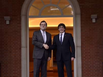 Mariano Rajoy y Carles Puigdemont.