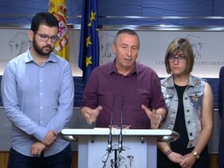 Joan Baldoví y diputados de Compromís