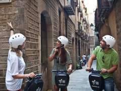 Barcelona regula el uso de patinetes, 'segways' y otros vehículos de movilidad personal